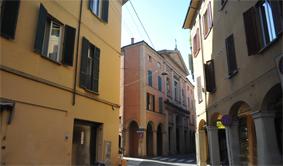 via Nosadella facciata wide W
